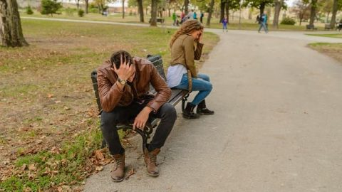 How to Get Over the Pain Brought by an Affair? He Acted This Way